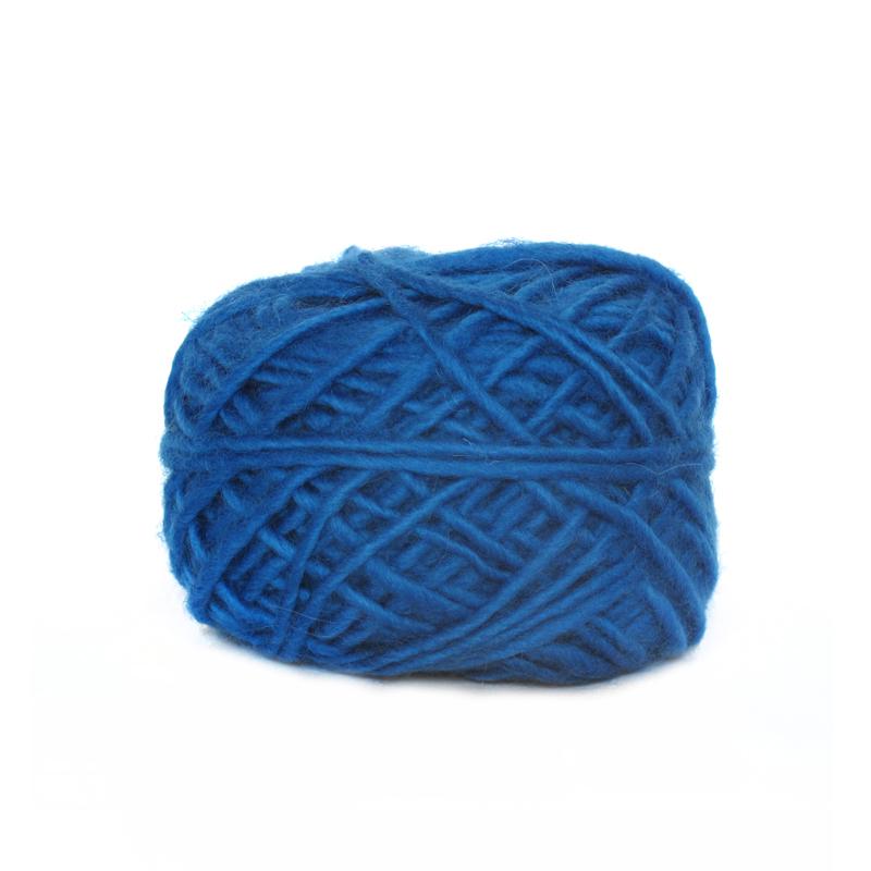 Midnight – Roving Wool Aran – Natural Yarns
