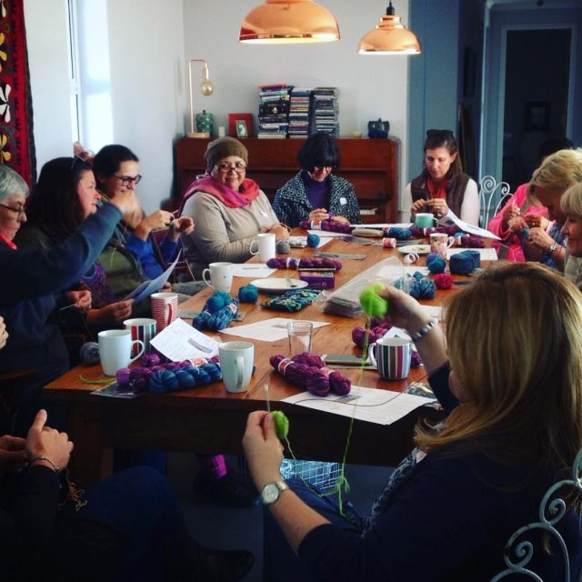 Lots of fun at the beginnersockknittingcourse with nurturingfibres today!!